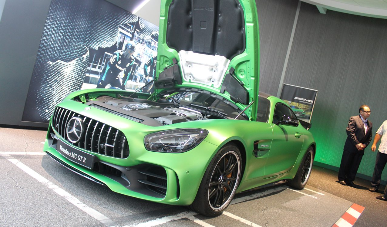 2017 Mercedes-AMG GT R Unveiled