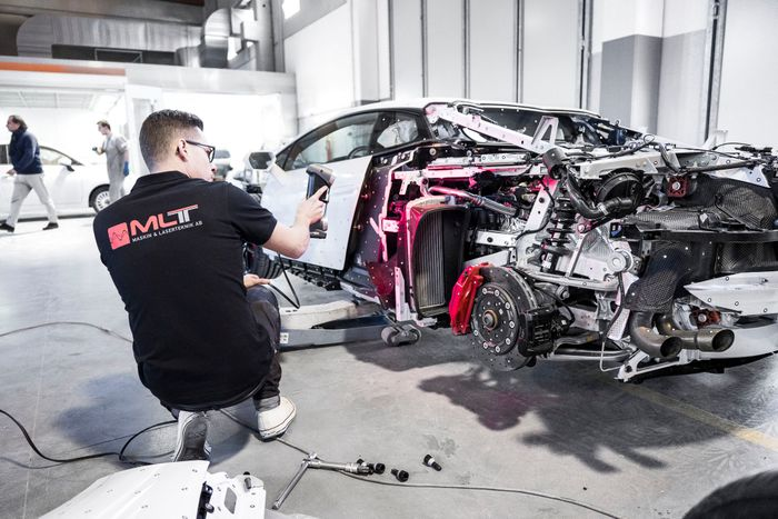 Jon Olsson Takes Delivery of Custom Lamborghini Huracan
